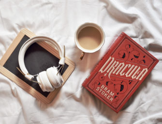 5 Audiobooks Every Book Lover Should Try